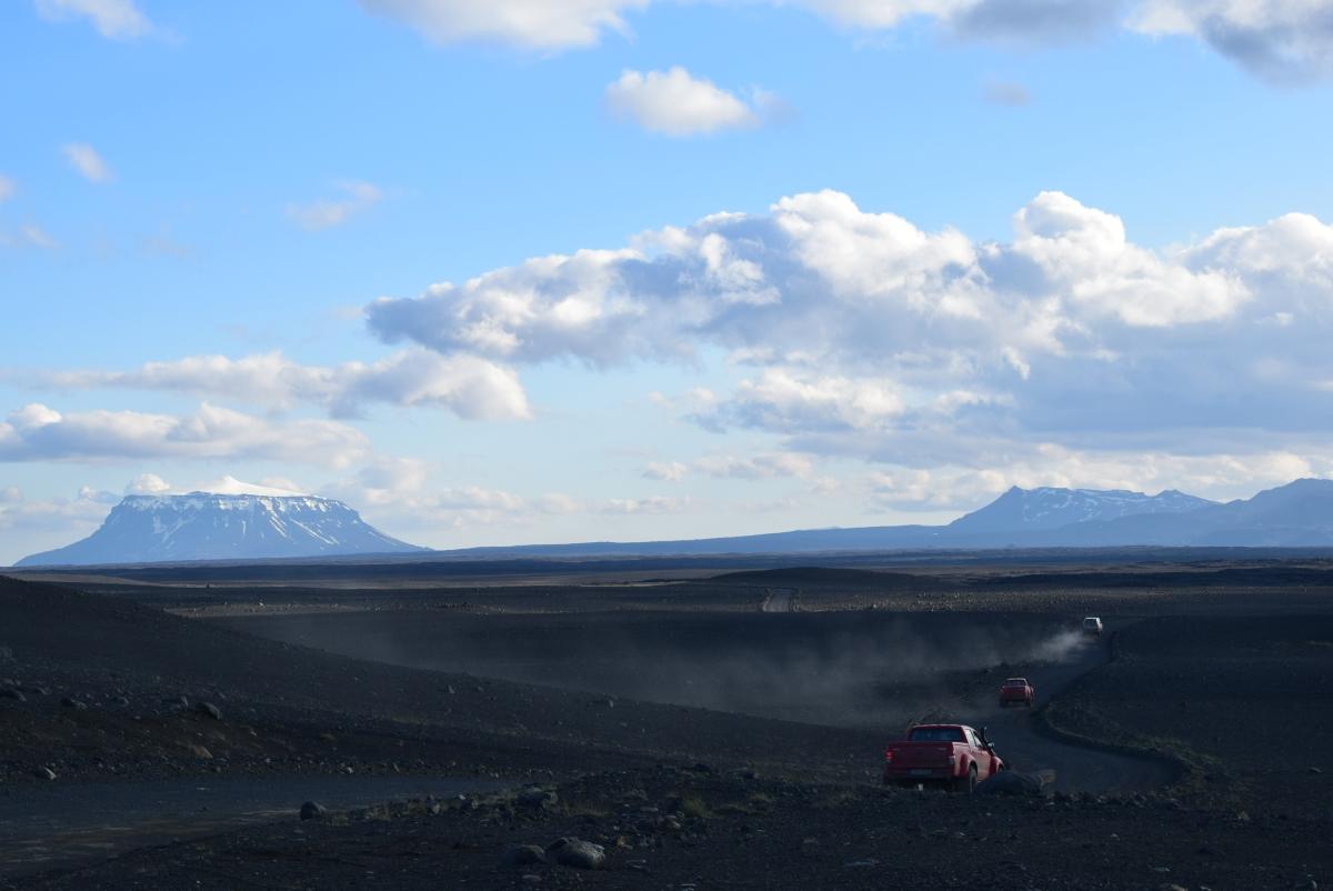 The Half Hermit in Islanda, lungo una delle piste più belle al mondo, la F88, che conduce al vulcano Askja.